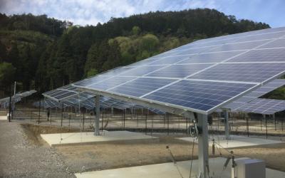 太陽光発電追尾架台