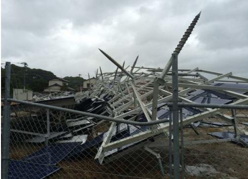 実際台風で発生した太陽光発電所の被害写真